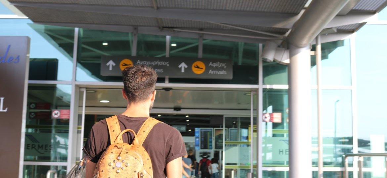 Unser Profi Alex Rich ist viel am Flughafen und bereist zahlreiche Länder. Immer mit dabei sind die aktuellsten Wett-Tipps für Fußball Wetten.