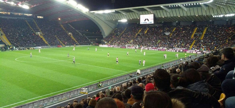 Als Sportwetten Profi bist du viel im Stadion unterwegs und bewertest Fußballspiele oft direkt am Ort des Geschehens.