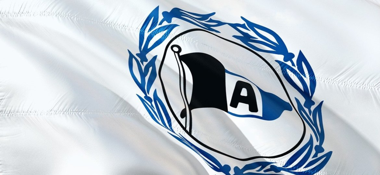 flag-2974178_1280